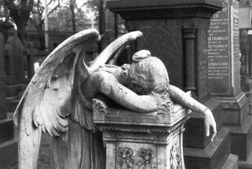 angel-bampw-black-and-white-cemetery-gothic-graveyard-Favim.com-42201
